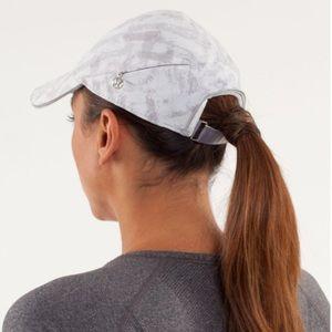 Lululemon go the distance run hat
